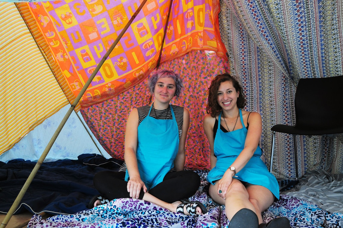 photo of Jennie and Sara in the fort