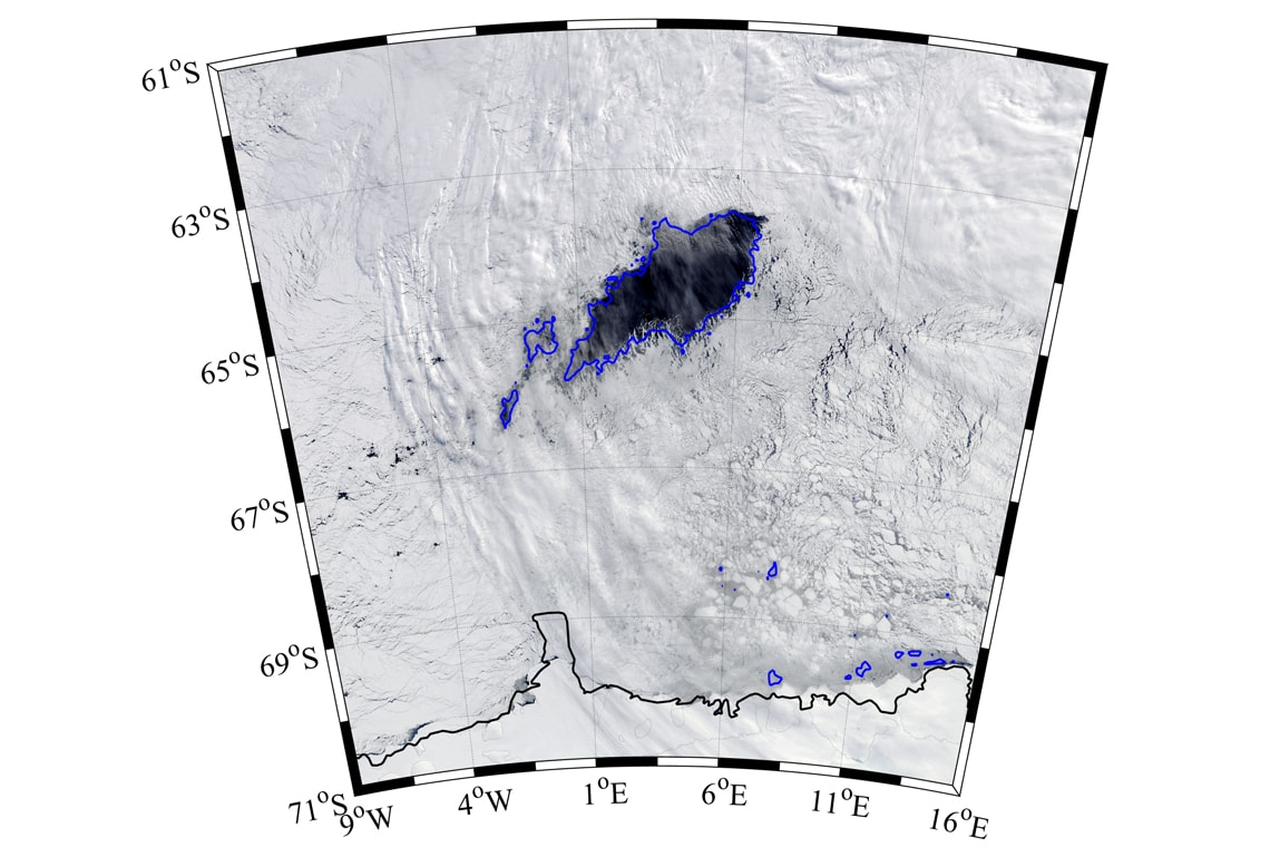 Photo of giant gap in the sea ice