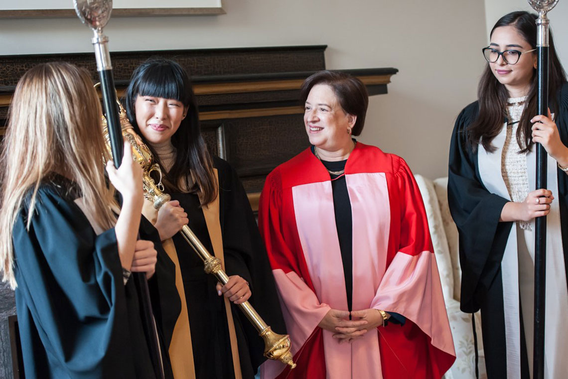 Elena Kagan speaks with U of T students who were part of the ceremony procession