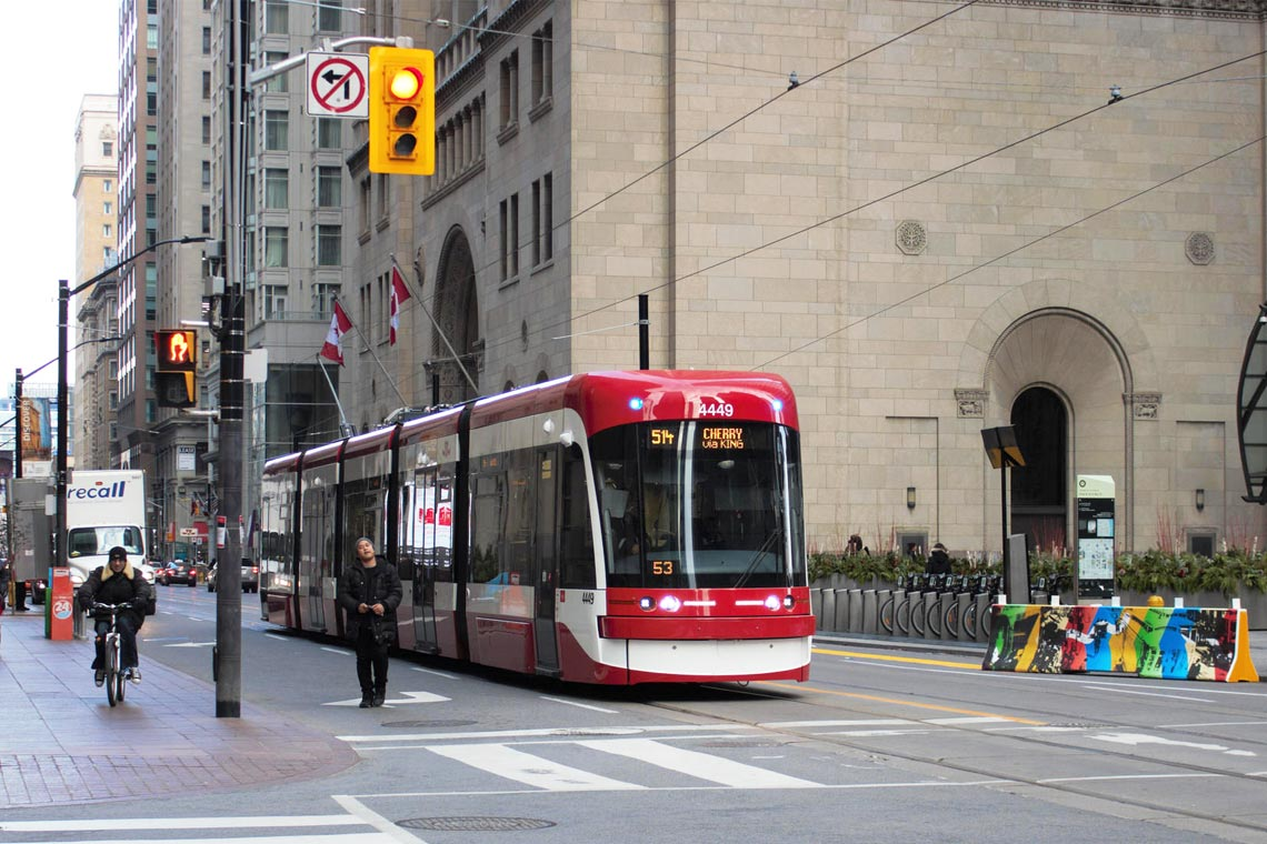photo of streetcar on King Street