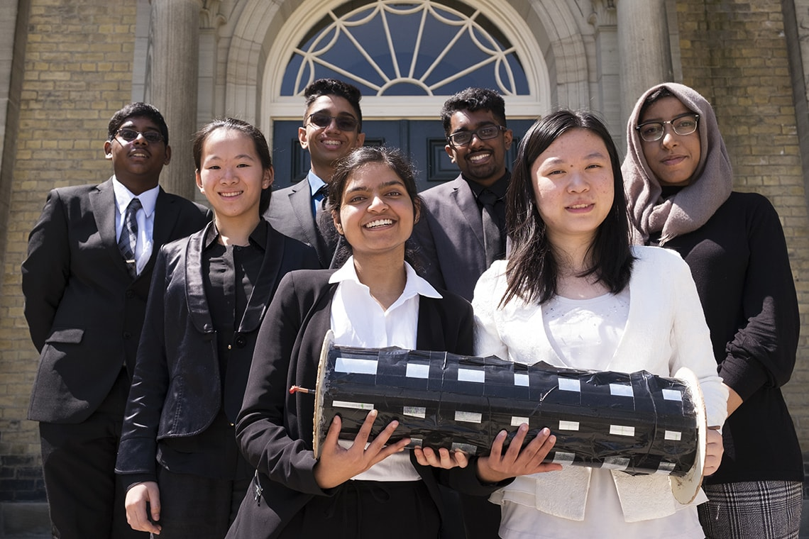 Picture of the Victoria Parks students and their device