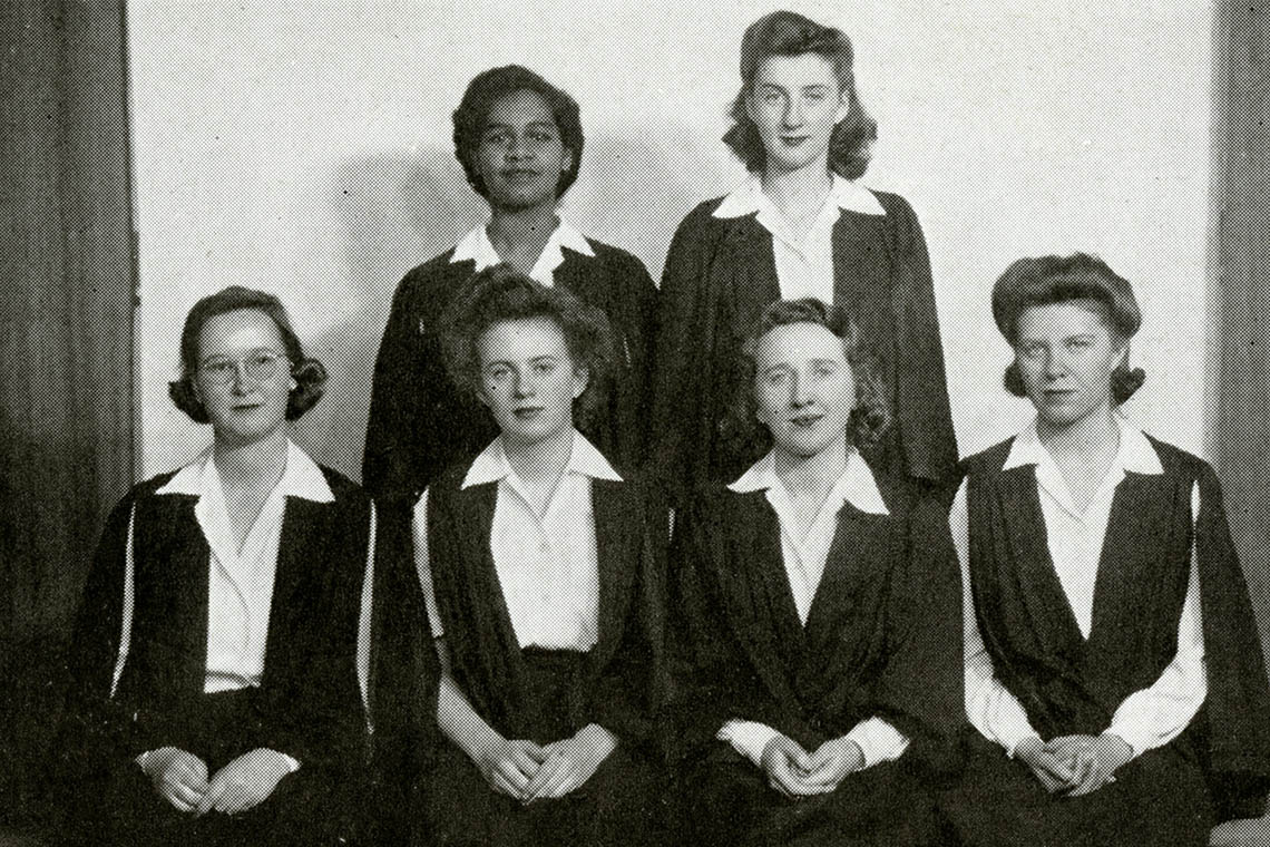 Group photo of the inter-faculty debating union, with Gloria carpenter standing in the back row