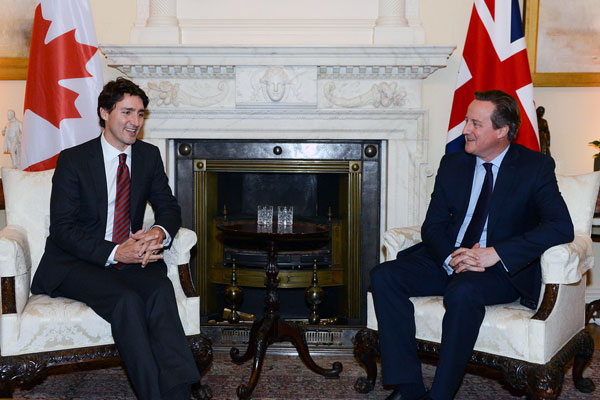 photo of Justin Trudeau meeting with British Prime Minister